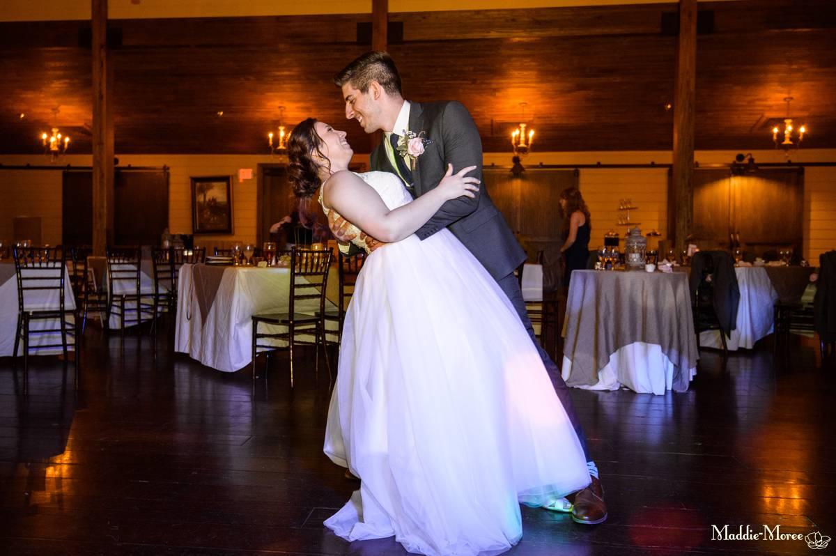 Bride groom dip
