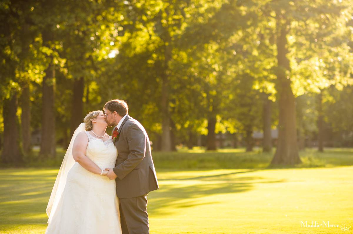 Cynthia and Jim: A Meadowbrook Country Club Wedding