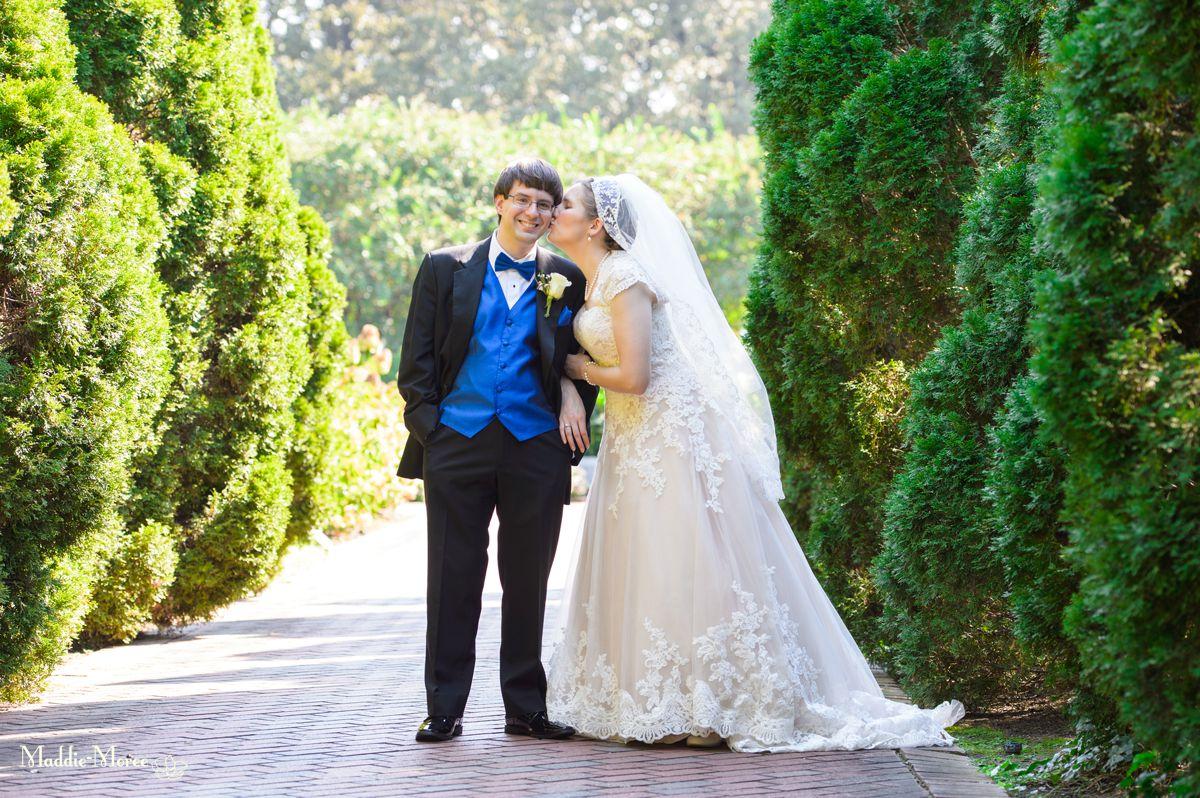 Geoffrey and Amy: A Botanic Wedding