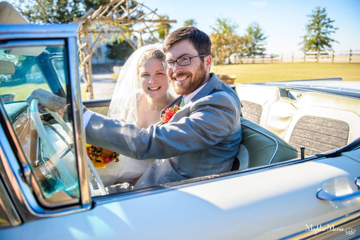 Stephanie and Jim: A Wedding at the Barn in Crawfordsville