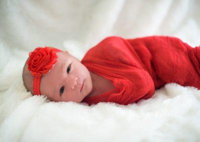 Red swaddling Madison Yen Family Portraits MMY_4468